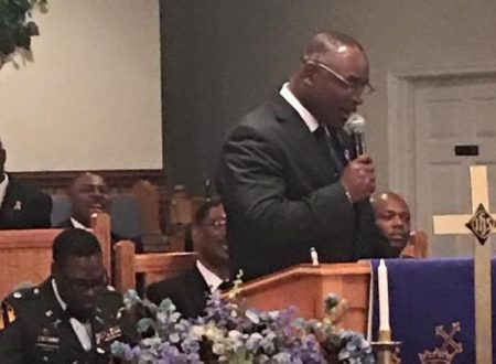 NC pastor helps disarm man who enters church with gun