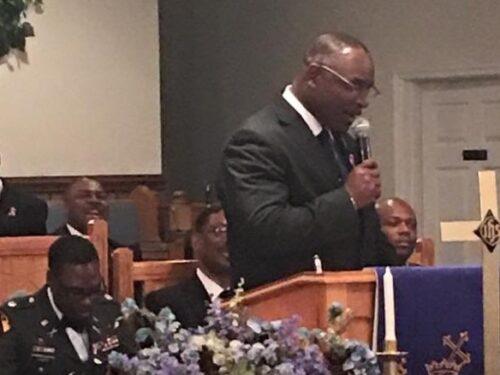 NC pastor helps disarm man who enters church with gun