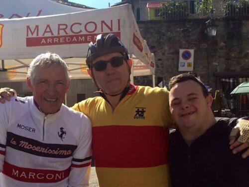 Una pedalata dedicata a tanti genitori, Guido e Davide Moretti
