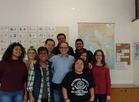 Ecco i miei studenti e le mie studentesse di Cultura Ital-Brit-Amer