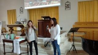 anna-insegna-christiana-320x180 2